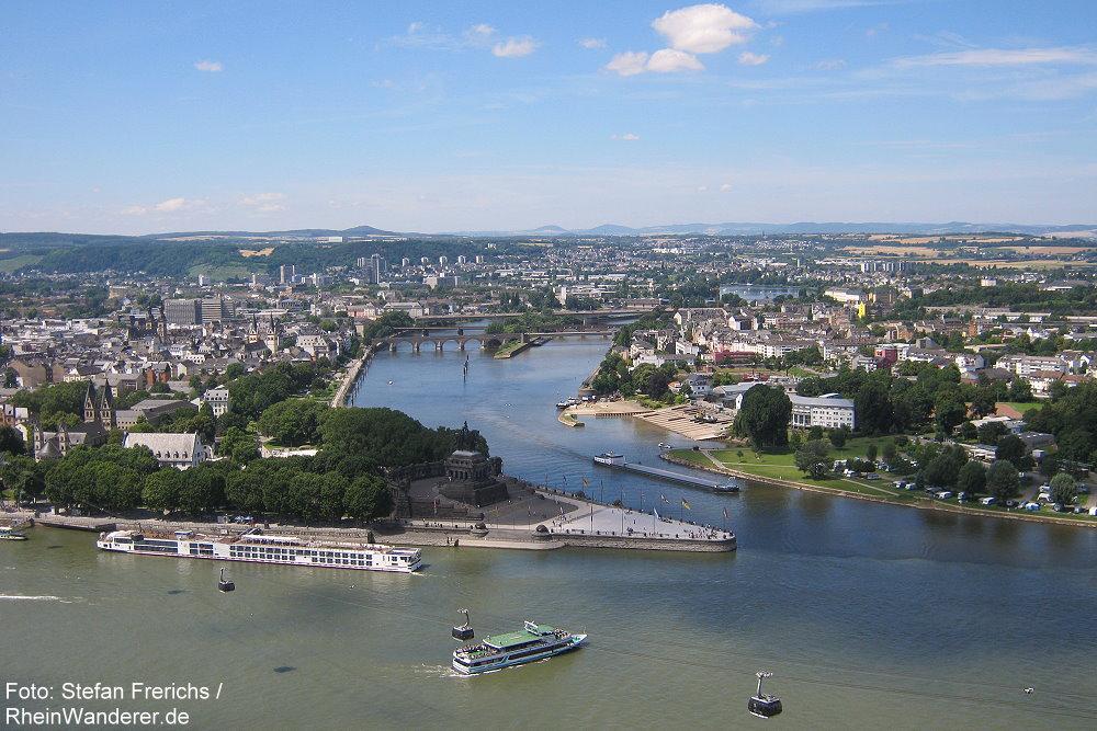 Mittelrhein: Blick auf das Deutsche Eck in Koblenz - Foto: Stefan Frerichs / RheinWanderer.de