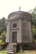 Pfälzerwald: Freytag-Mausoleum bei Neustadt - Foto: Jakob Hermes / RheinWanderer.de
