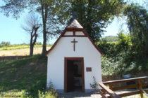 Mosel: Kapelle Kehrhäuschen bei Mesenich - Foto: Stefan Frerichs / RheinWanderer.de