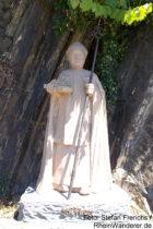 Mosel: Sankt-Urban-Statue an Senheimer Lay - Foto: Stefan Frerichs / RheinWanderer.de