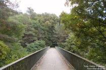 Odenwald: Brücke über Bundesstraße bei Darmstadt-Eberstadt - Foto: Stefan Frerichs / RheinWanderer.de