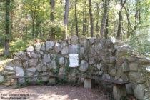 Odenwald: Ernst-Pasqué-Denkmal bei Alsbach - Foto: Stefan Frerichs / RheinWanderer.de