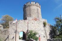 Odenwald: Inneres Tor von Schloss Alsbach - Foto: Stefan Frerichs / RheinWanderer.de