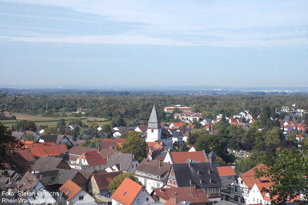 Odenwald: Blick auf Seeheim - Foto: Stefan Frerichs / RheinWanderer.de