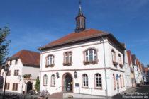 Odenwald: Altes Rathaus am Marktplatz von Zwingenberg - Foto: Stefan Frerichs / RheinWanderer.de