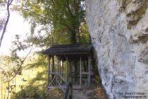 Obere Donau: Placidus-Hütte bei Beuron - Foto: Stefan Frerichs / RheinWanderer.de
