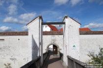 Obere Donau: Eingang zur Burg Wildenstein - Foto: Stefan Frerichs / RheinWanderer.de
