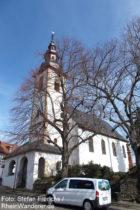 Inselrhein: Pfarrkirche von Appenheim - Foto: Stefan Frerichs / RheinWanderer.de