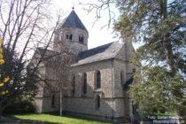 Inselrhein: Pfarrkirche (Selztaldom) in Großwinternheim - Foto: Stefan Frerichs / RheinWanderer.de