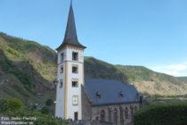 Mosel: Sankt-Laurentius-Kirche in Bremm - Foto: Stefan Frerichs / RheinWanderer.de