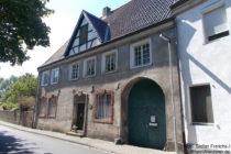 Niederrhein: Altes Zollhaus in Leverkusen-Rheindorf - Foto: Stefan Frerichs / RheinWanderer.de