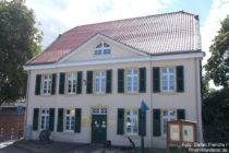 Niederrhein: Deusser Haus in Monheim - Foto: Stefan Frerichs / RheinWanderer.de