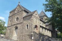 Ahr: Maria-Verkündigung-Kirche in Altenahr - Foto: Stefan Frerichs / RheinWanderer.de