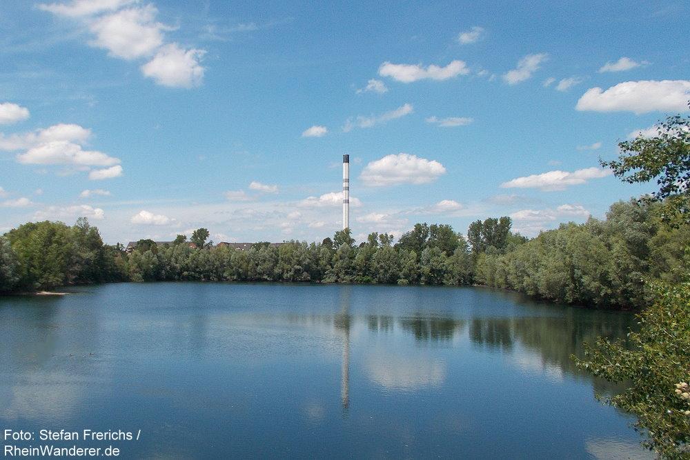 Niederrhein: Blick auf kleineren Monheimer Baggersee - Foto: Stefan Frerichs / RheinWanderer.de