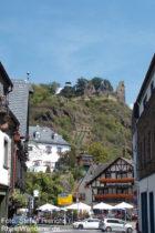 Ahr: Blick auf Burg Are über Altenahr - Foto: Stefan Frerichs / RheinWanderer.de