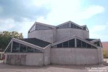 Niederrhein: Sankt-Norbert-Kirche in Düsseldorf-Garath - Foto: Stefan Frerichs / RheinWanderer.de