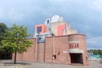 Niederrhein: Sankt-Matthäus-Kirche in Düsseldorf-Garath - Foto: Stefan Frerichs / RheinWanderer.de