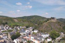 Ahr: Blick vom Schwarzen Kreuz auf Altenahr - Foto: Stefan Frerichs / RheinWanderer.de