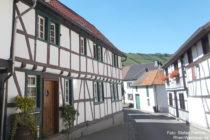 Ahr: Fachwerkhäuser in Rech - Foto: Stefan Frerichs / RheinWanderer.de