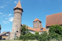 Neckar: Hexenturm und Martinstor in Ladenburg - Foto: Stefan Frerichs / RheinWanderer.de