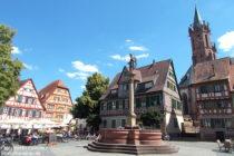Neckar: Marktplatz mit Mariensäule in Ladenburg - Foto: Stefan Frerichs / RheinWanderer.de