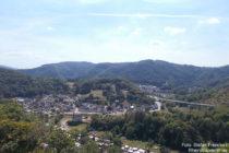 Ahr: Blick auf Altenburg - Foto: Stefan Frerichs / RheinWanderer.de