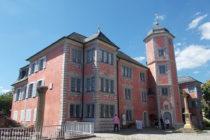 Neckar: Wormser Bischofshof in Ladenburg - Foto: Stefan Frerichs / RheinWanderer.de