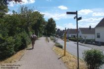Niederrhein: Neanderlandsteig am Heerweg in Monheim - Foto: Stefan Frerichs / RheinWanderer.de