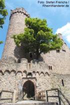 Odenwald: Inneres Tor mit Südturm von Schloss Auerbach - Foto: Stefan Frerichs / RheinWanderer.de