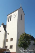 Odenwald: Sankt-Bartholomäus-Kirche in Laudenbach - Foto: Stefan Frerichs / RheinWanderer.de