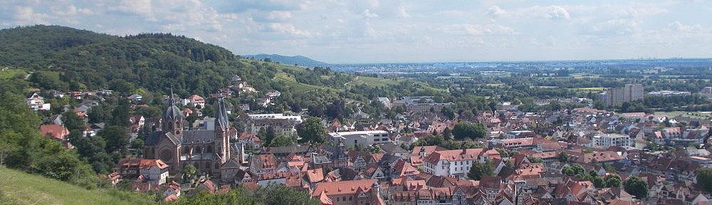 Odenwald: Blick auf Heppenheim - Foto: Stefan Frerichs / RheinWanderer.de