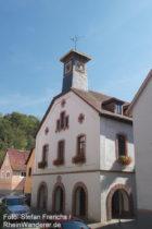 Odenwald: Altes Rathaus in Hemsbach - Foto: Stefan Frerichs / RheinWanderer.de