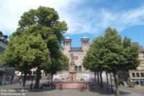 Odenwald: Brunnen am Marktplatz in Bensheim - Foto: Stefan Frerichs / RheinWanderer.de