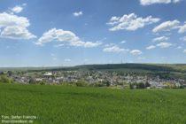 Ahr: Blick auf Löhndorf - Foto: Stefan Frerichs / RheinWanderer.de