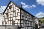 Ahr: Fachwerkhäuser in der Bachstraße in Heimersheim - Foto: Stefan Frerichs / RheinWanderer.de