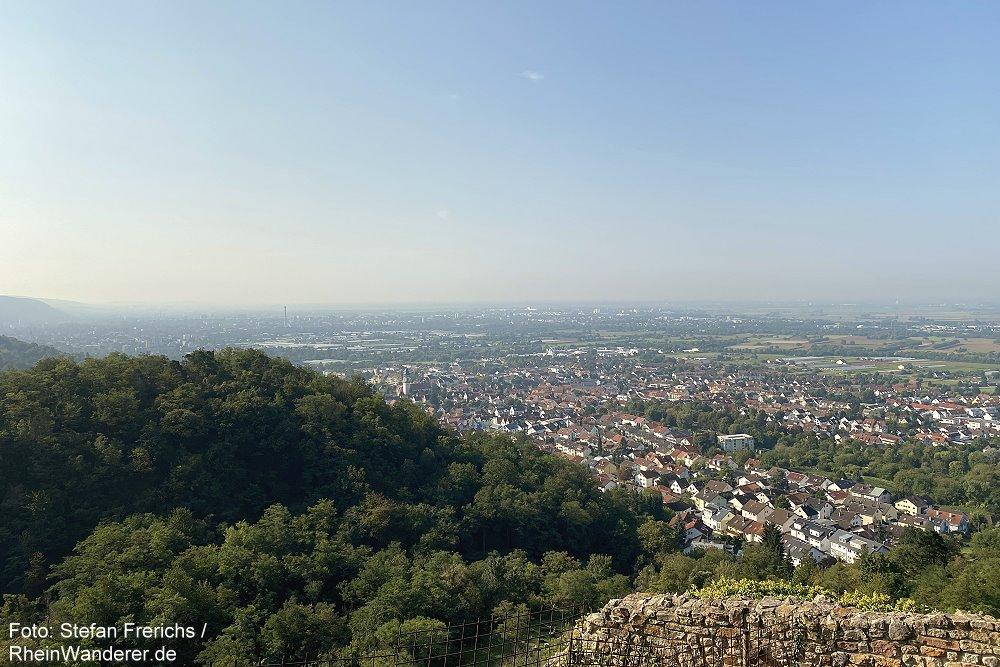 Odenwald: Blick von der Schauenburg auf Dossenheim - Foto: Stefan Frerichs / RheinWanderer.de